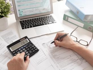 Consejos para hacer la declaración de renta desde casa