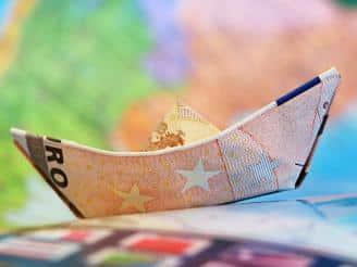 ¿En qué se basa el análisis económico-financiero en administración de empresas?