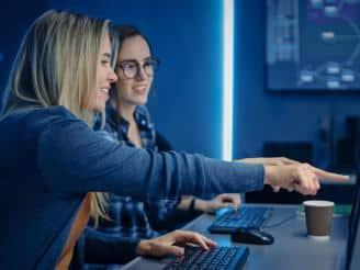 Sólo el 12% de las mujeres españolas eligen formación en tecnología