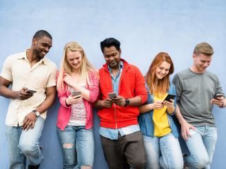 Millenials vs. Generación Z: cambio de tendencia en las redes sociales