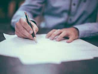 Cómo elaborar una carta de presentación cuando buscas empleo